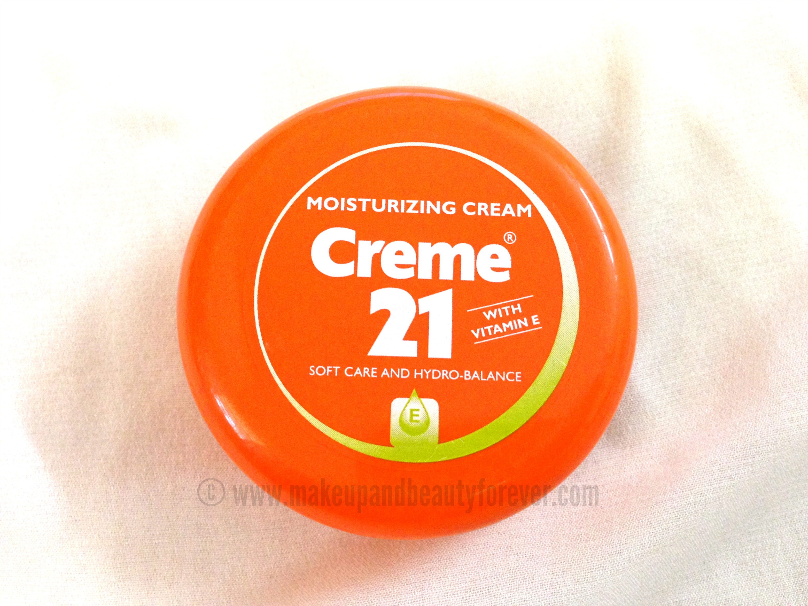 Creme 21 Moisturizing cream with Vitamin E