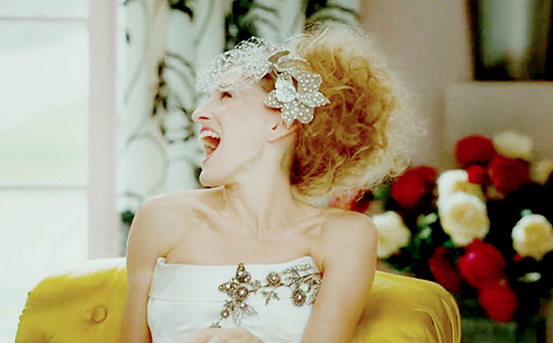 Carrie bradshaw vogue wedding shoot dresses