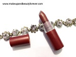 Essence Lipstick Glamour Queen 31 Review