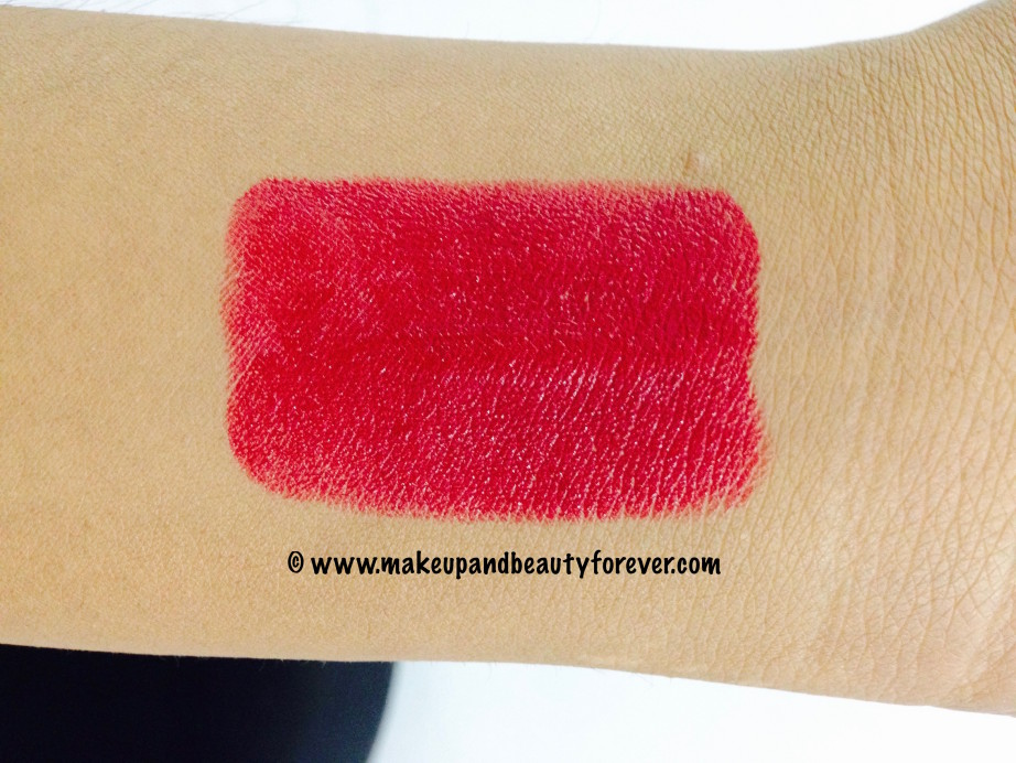 Avon Ultra Color Matte Lipstick Matte Merlot Review Swatches FOTD Indian Makeup and Beauty Blog MBF