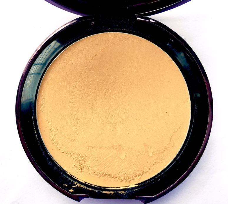 Lakme Absolute Creme Compact Review Swatches near