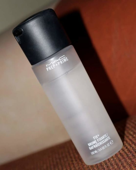 Mac Prep Prime Fix Spray Review