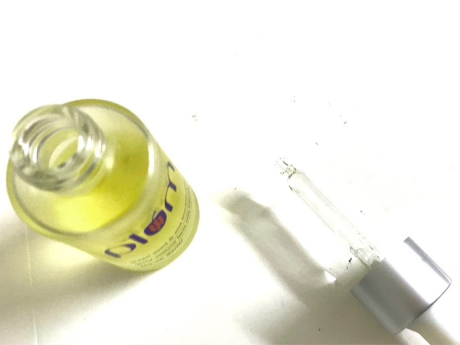 Plum Grape Seed & Sea Buckthorn Glow-Restore Face Oils Blend Review open