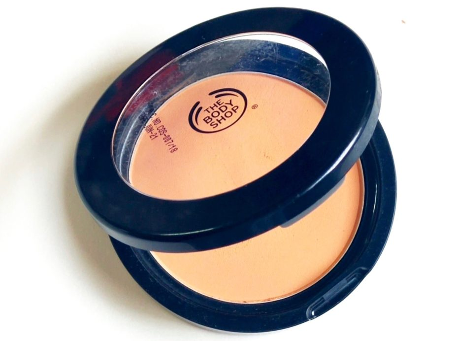 The Body Shop Matte Clay Powder Review, Swatches