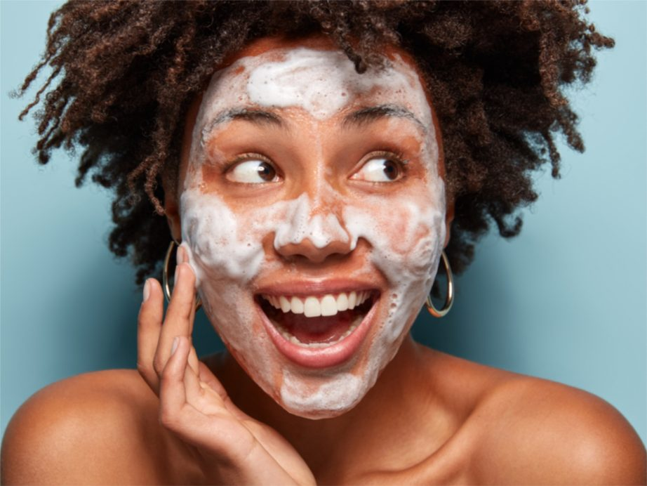 What Is Dry Washing Or Dry Cleansing? The Best Method Of Face Washing Ever?